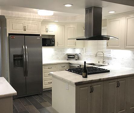 white kitchen remodelling(small)